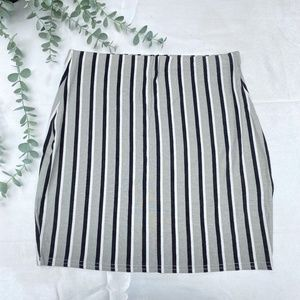 Pretty Little Thing Striped Skirt Stretchy 12